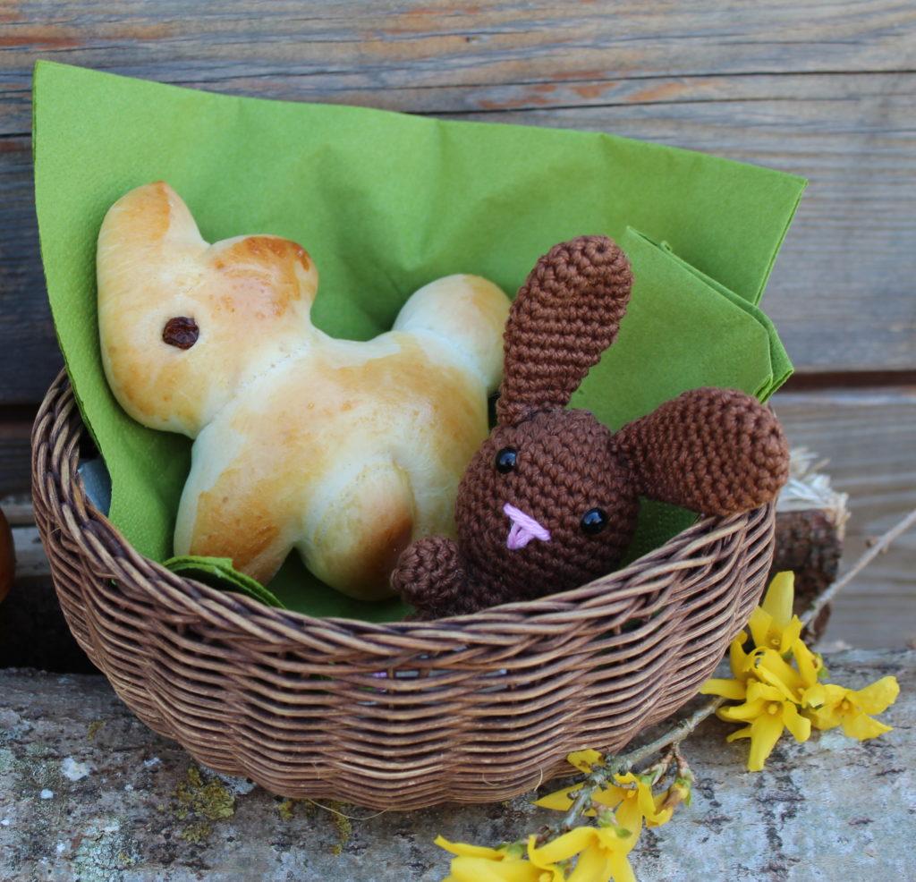 Osternest mit Brioche Hasen
